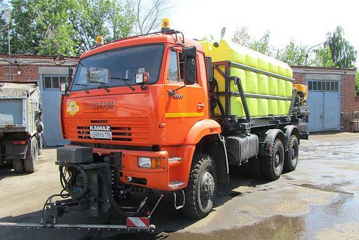 Переоборудование автомашин Камаз в полноценные комбинированные дорожные машины.